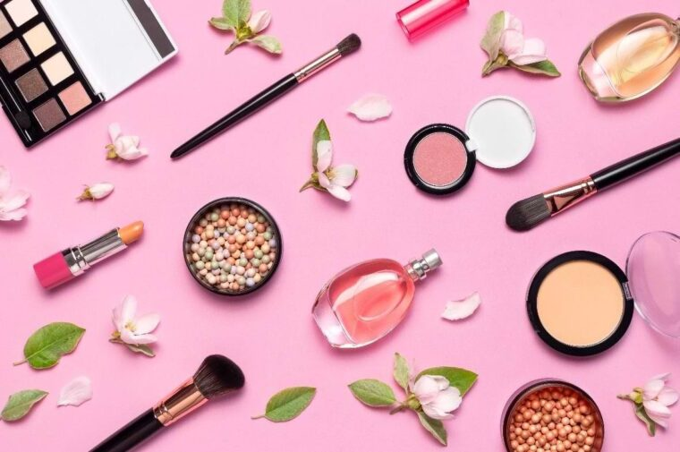 4 Tips For Shopping Makeup Online