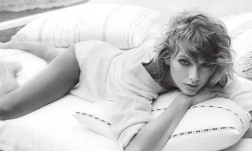 Taylor Swift Sexiest Pictures, Photo Gallery, Premium High Res Photos, and Rare Photographs